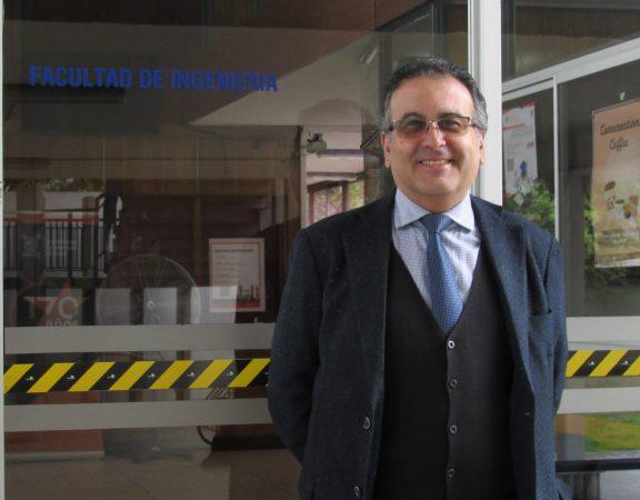 profesor Alessandro Avagliano